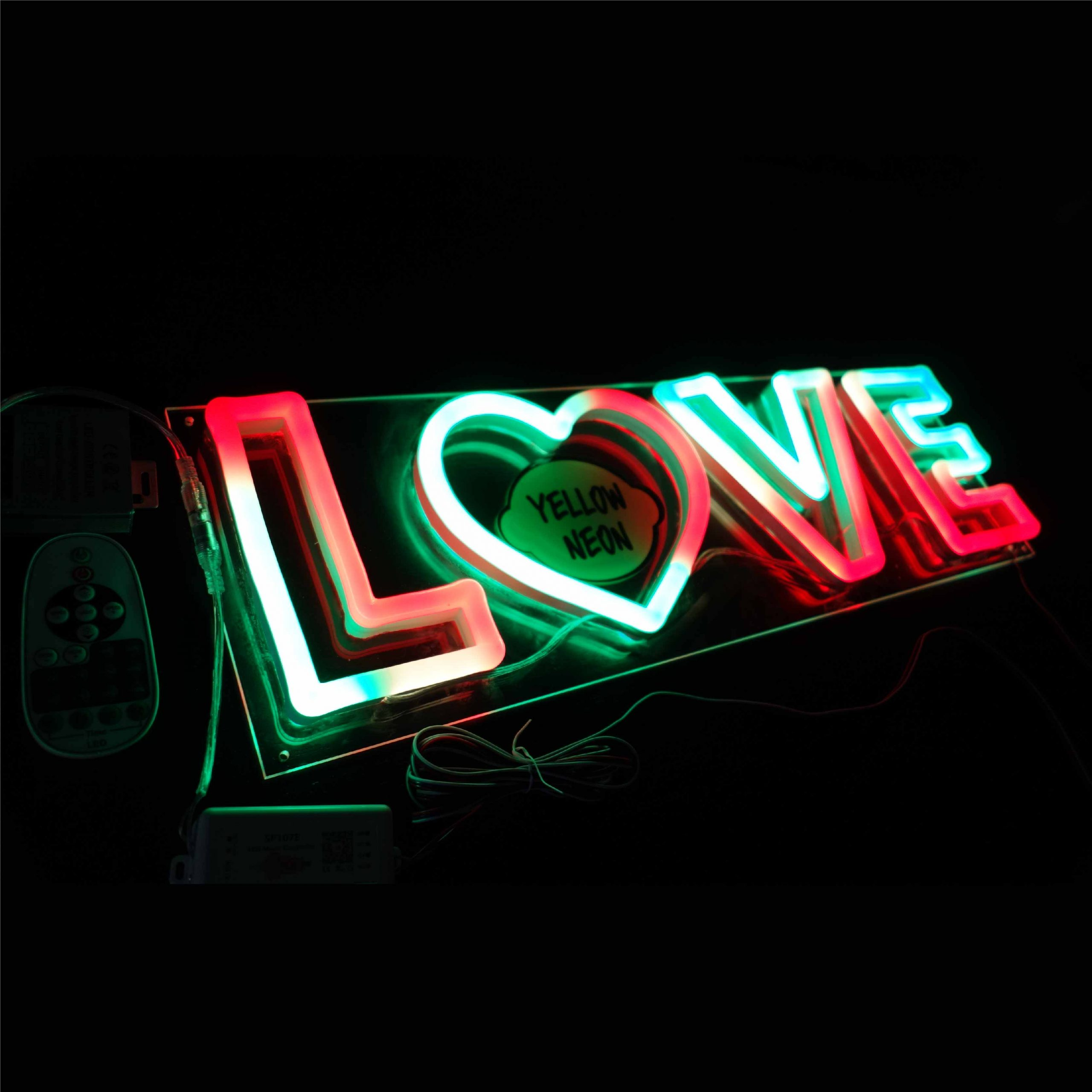Love_LED_Neon_On_07